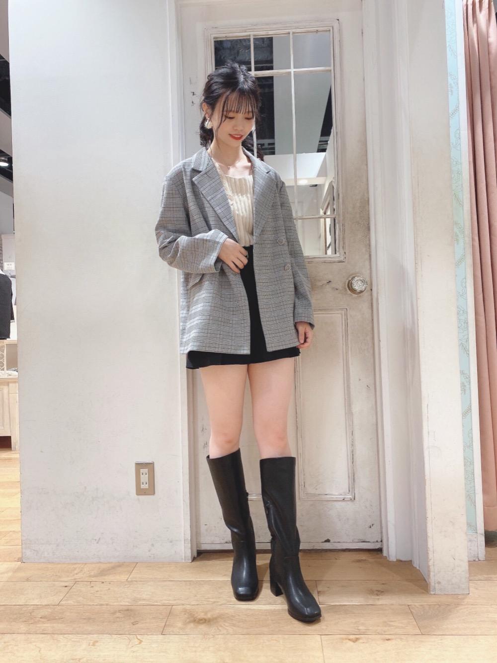 MAJESTIC LEGON梅田ヘップファイブ店